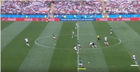 lozano goal 2